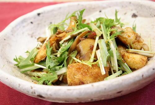 今日のキムチ料理レシピ:油揚げとキムチの甘辛炒め