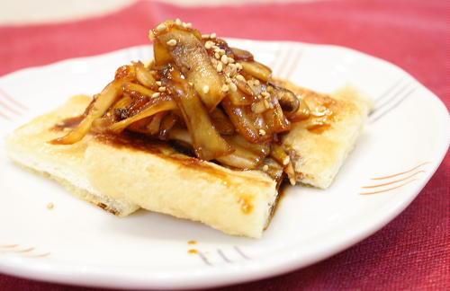 今日のキムチ料理レシピ:油揚げの甘辛エリンギソースがけ