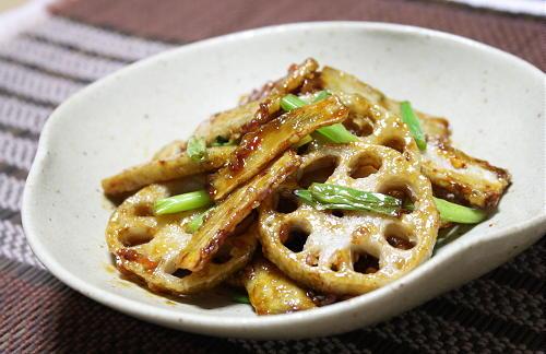 今日のキムチ料理レシピ:揚げ根菜のピリ辛和え