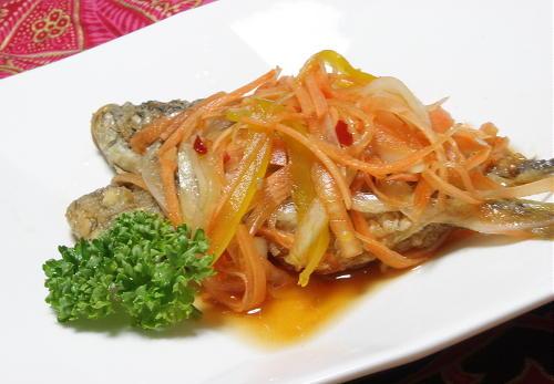 今日のキムチ料理レシピ:小アジのピリ辛南蛮漬け