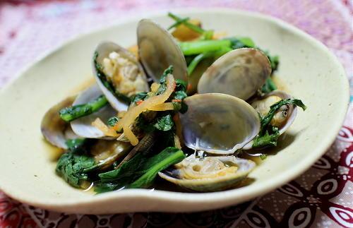 今日のキムチレシピ:あさりと春菊のキムチ炒め