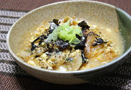 今日のキムチ料理レシピ:あさりとキムチの卵とじ