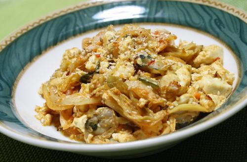 今日のキムチ料理レシピ:あさりと豆腐のキムチ炒め