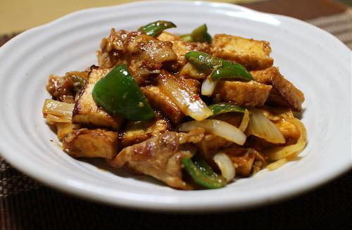 今日のキムチ料理レシピ:豚肉と厚揚げの味噌キムチ炒め
