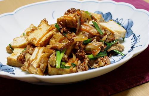 今日のキムチ料理レシピ:厚揚げと豚肉のキムチ炒め