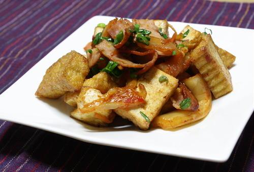 今日のキムチ料理レシピ:厚揚げとキムチのバターしょうゆ炒め