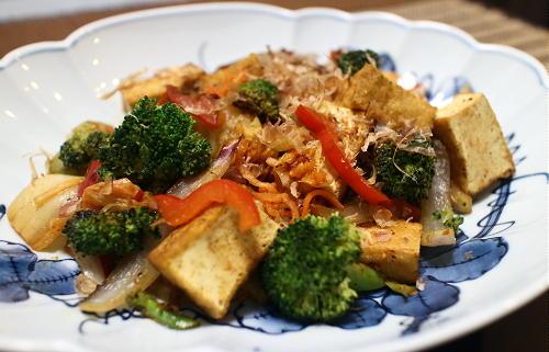 今日のキムチ料理レシピ:厚揚げのカレーキムチ炒め