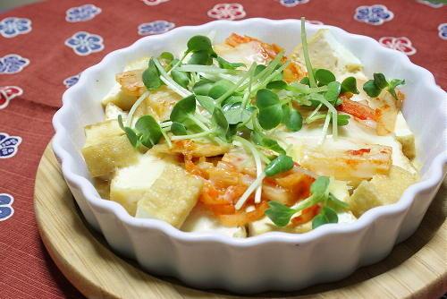 今日のキムチ料理レシピ:厚揚げとキムチのチーズ焼き