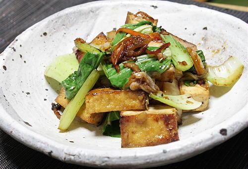 今日のキムチ料理レシピ:青梗菜と厚揚げとキムチのオイスターソース炒め