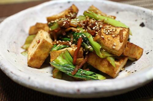 今日のキムチレシピ:厚揚げと青梗菜のキムチ炒め