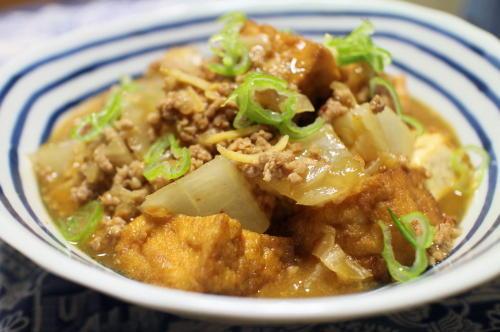今日のキムチ料理レシピ:厚揚げと大根のキムチひき肉煮