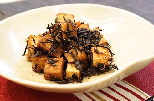 ひじきと厚揚げのピリ辛煮レシピ