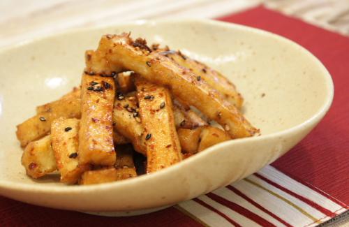 今日のキムチ料理レシピ:厚揚げのピリ辛きんぴら