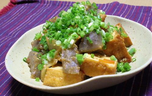 今日のキムチ料理レシピ:厚揚げとこんにゃくとキムチの味噌炒め