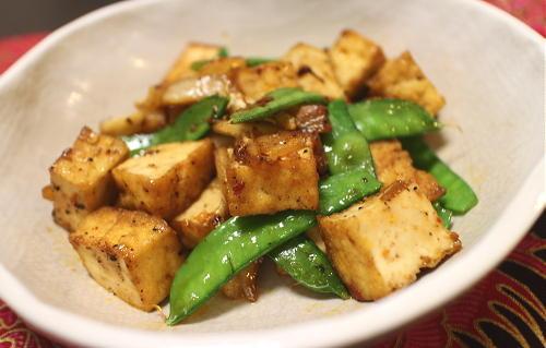 今日のキムチレシピ:厚揚げのキムチ黒コショウ炒め