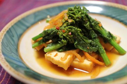 今日のキムチ料理レシピ:菜の花と厚揚げのピリ辛煮びたし
