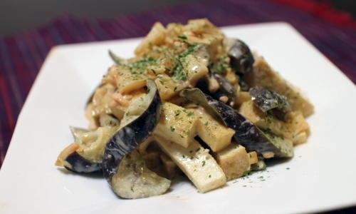 今日のキムチ料理レシピ:なすと厚揚げのキムチマヨ和え