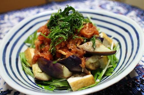 今日のキムチ料理レシピ:厚揚げとなすのキムチおろしサラダ