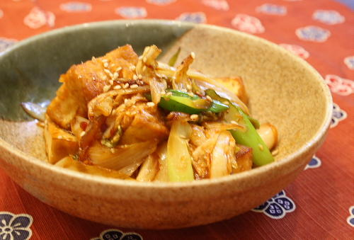 今日のキムチ料理レシピ:厚揚げとキムチの甘辛炒め