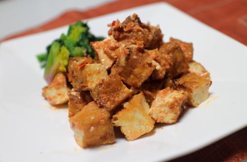 今日のキムチ料理レシピ:厚揚げのピリ辛サラダ
