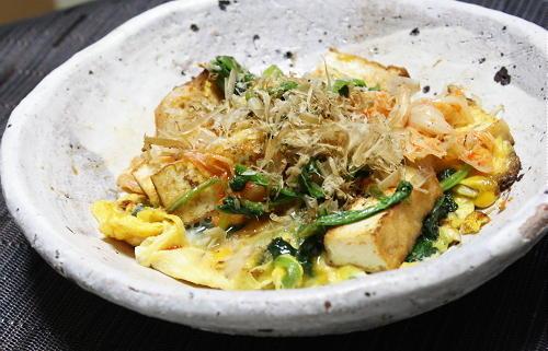 今日のキムチ料理レシピ: 厚揚げとキムチの卵焼き