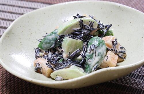 アボカドとキムチの味噌マヨひじき和えレシピ