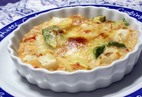 今日のキムチ料理レシピ:アボカド長芋キムチのチーズ焼き