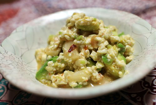 今日のキムチレシピ:アボカドとキムチの白和え
