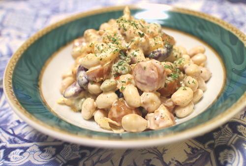 今日のキムチレシピ:ミックスビーンズとソーセージのキムチマヨ和え