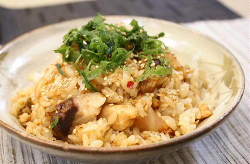 今日のキムチ料理レシピ:ぶりとキムチの甘辛丼
