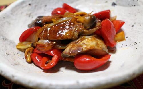 今日のキムチレシピ:ぶりと大根キムチの甘酢炒め