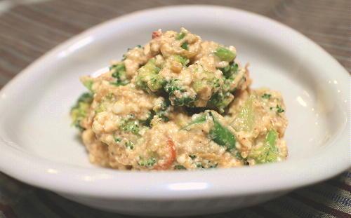 今日のキムチレシピ:ブロッコリーのキムチ白和え
