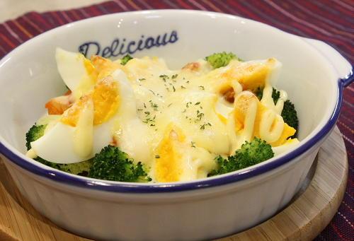 今日のキムチ料理レシピ:ブロッコリーとゆで卵のキムチグラタン