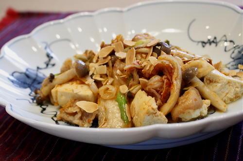 今日のキムチ料理レシピ:豚肉とキムチの甘味噌炒め