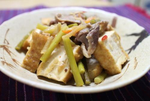 今日のキムチレシピ:厚揚げのキムチ煮