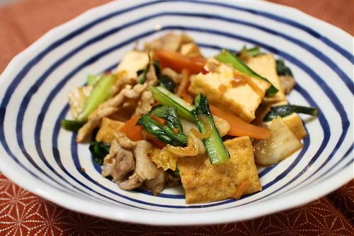今日のキムチレシピ:豚肉と厚揚げのキムチオイスター炒め