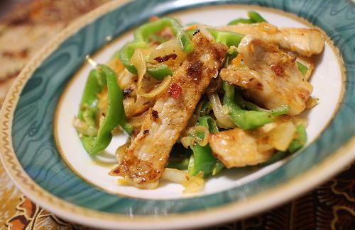今日のキムチ料理レシピ:豚肉とキムチのバター醤油炒め
