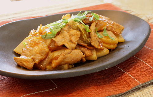 今日のキムチ料理レシピ:豚肉と大根のキムチ炒め
