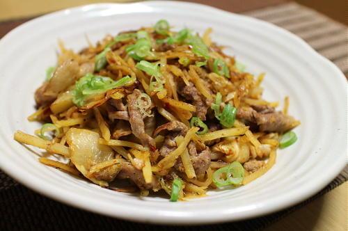 今日のキムチレシピ:豚肉とジャガイモのキムチポン酢炒め