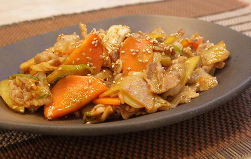 今日のキムチ料理レシピ:豚肉とジャガイモとキムチのオイスターソース炒め