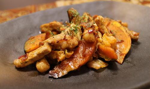 今日のキムチ料理レシピ:豚肉とかぼちゃのキムチ炒め
