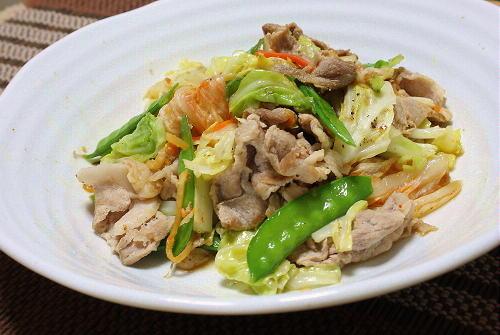 今日のキムチ料理レシピ:豚肉とキャベツのキムチマヨ炒め