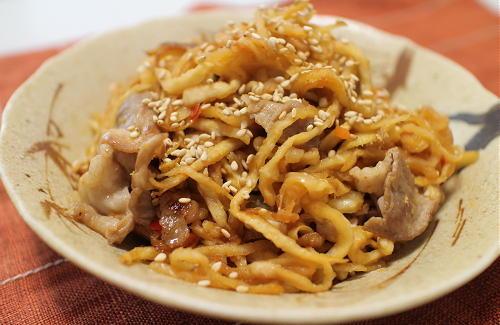 今日のキムチ料理レシピ:切り干し大根と豚肉とキムチの中華炒め