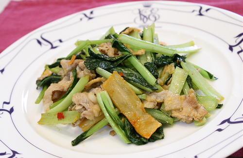 今日のキムチ料理レシピ:小松菜とキムチのマヨネーズ炒め