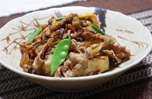 今日のキムチ料理レシピ:豚肉と高野豆腐のキムチ炒め煮