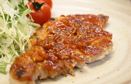 今日のキムチ料理レシピ:豚肉のキムチ味噌焼き