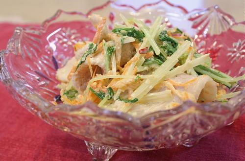今日のキムチ料理レシピ:水菜とキムチの胡麻和えサラダ
