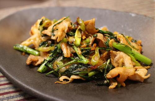 今日のキムチ料理レシピ:豚肉とお餅のキムチ炒め