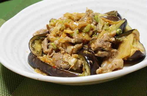 今日のキムチ料理レシピ:豚肉と茄子の味噌キムチ炒め