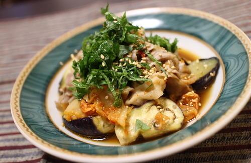 今日のキムチレシピ:豚と茄子とキムチのレンジ蒸し